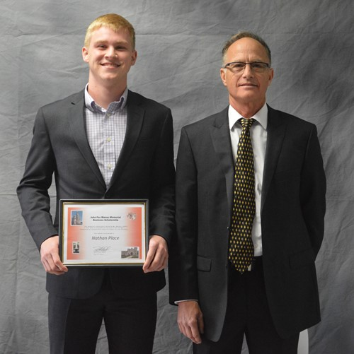 John Fox Maney Memorial Business Scholarship winner